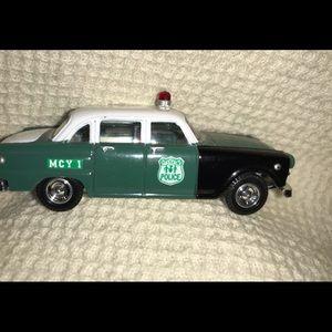 Golden Wheel Diecast City of New York Police Car